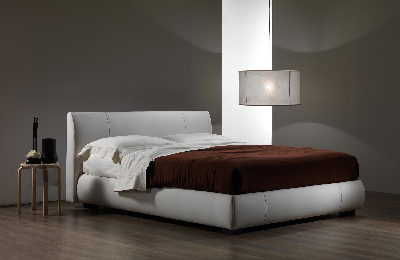 Fabbrica letti imbottiti a lissone so form divani e letti for Letti moderni